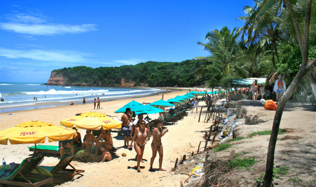Resultado de imagem para praia de pipa natal